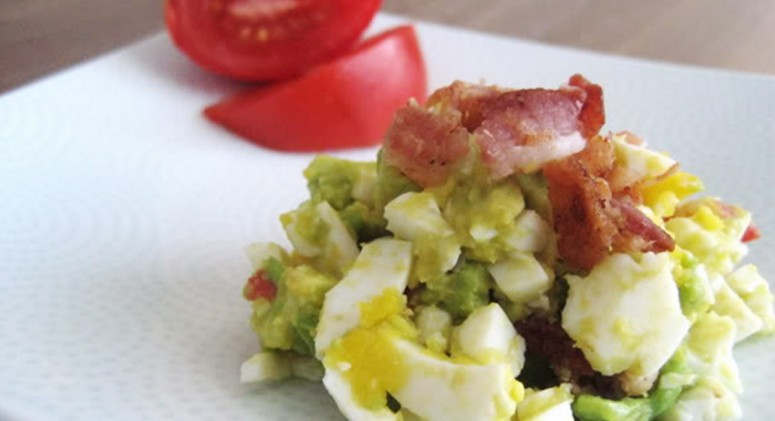 Bacon, Egg, Avocado and Tomato Salad