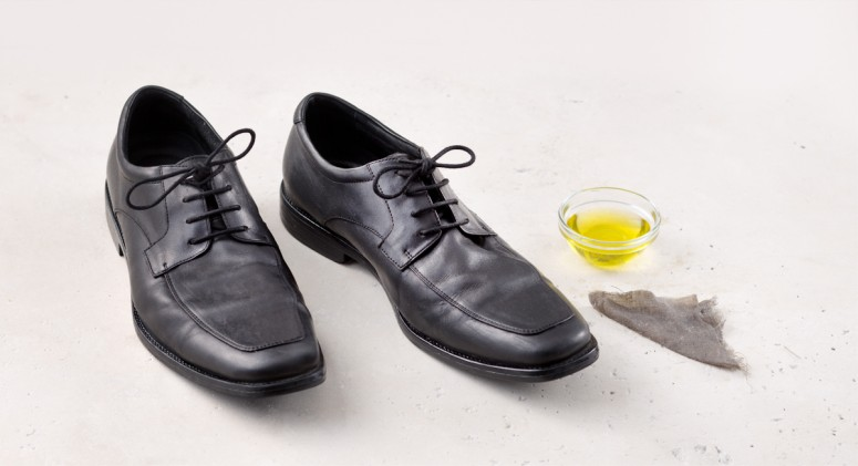 Tip Of The Week: Shine Your Shoes With Olive Oil
