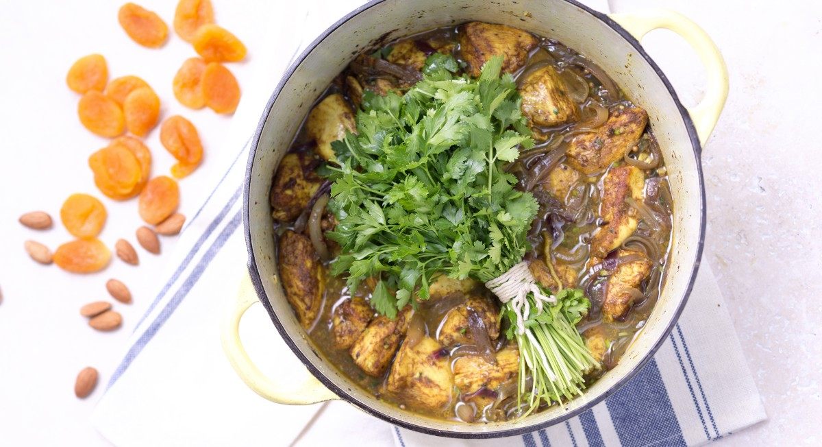 Chicken tagine with herbs