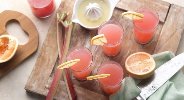 Grapefruit-Rhubarb Spritzer