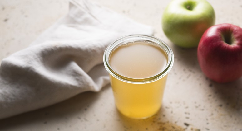 Hit the Reset Button With This Apple Cider Vinegar Tonic