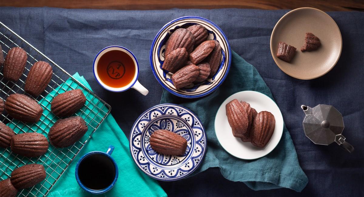 Chocolate brownie madeleines