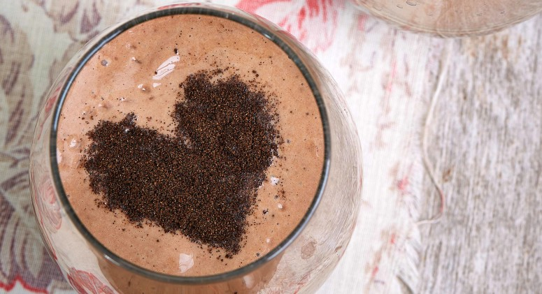 Why Kris Carr Loves Juicing, Plus 2 Crazy Delicious Recipes