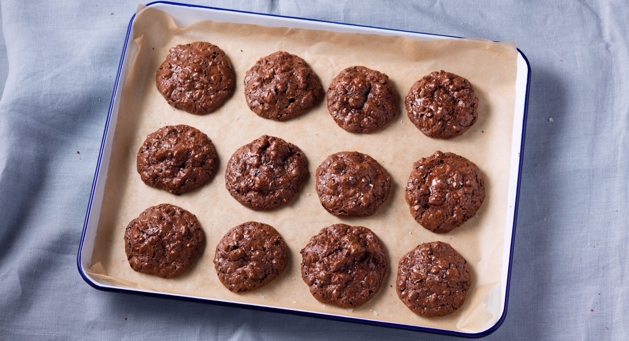 You Won't Miss The Flour in These Gluten-Free Chocolate Walnut Cookies