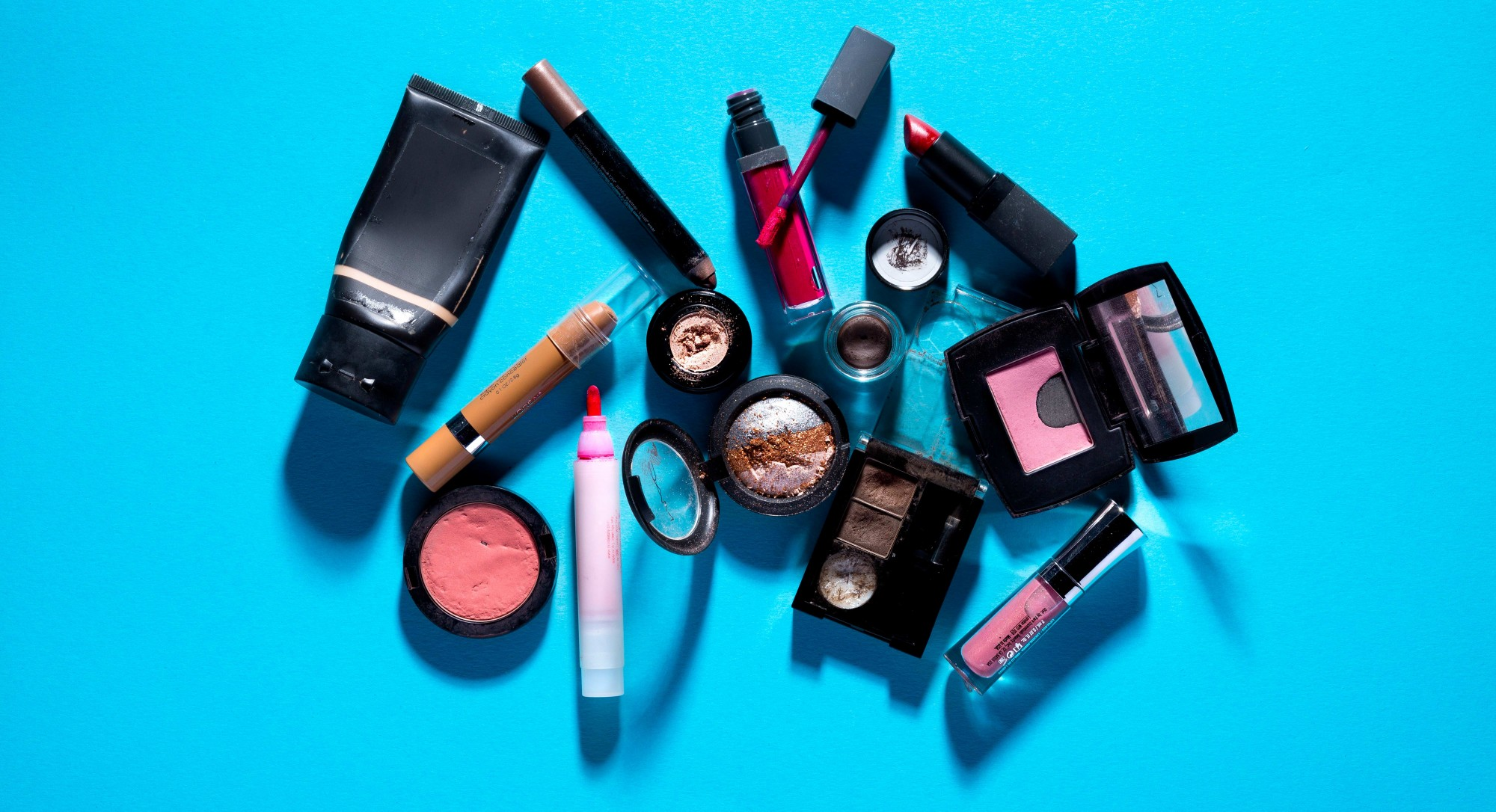 The Disgusting Reason to Toss That Old Tube of Mascara