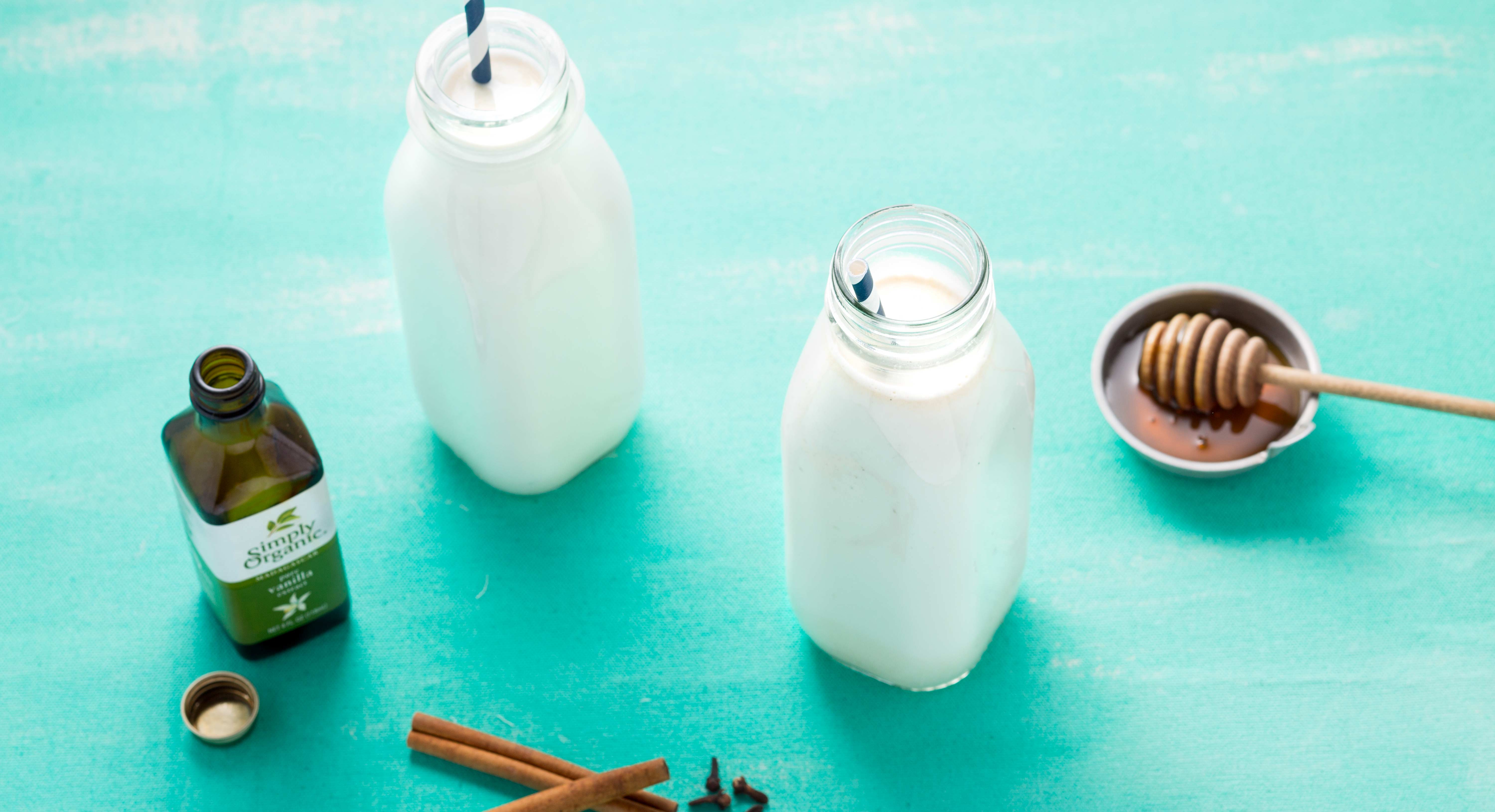 An Easy Homemade Walnut Milk Recipe That Will Help You Ditch Dairy