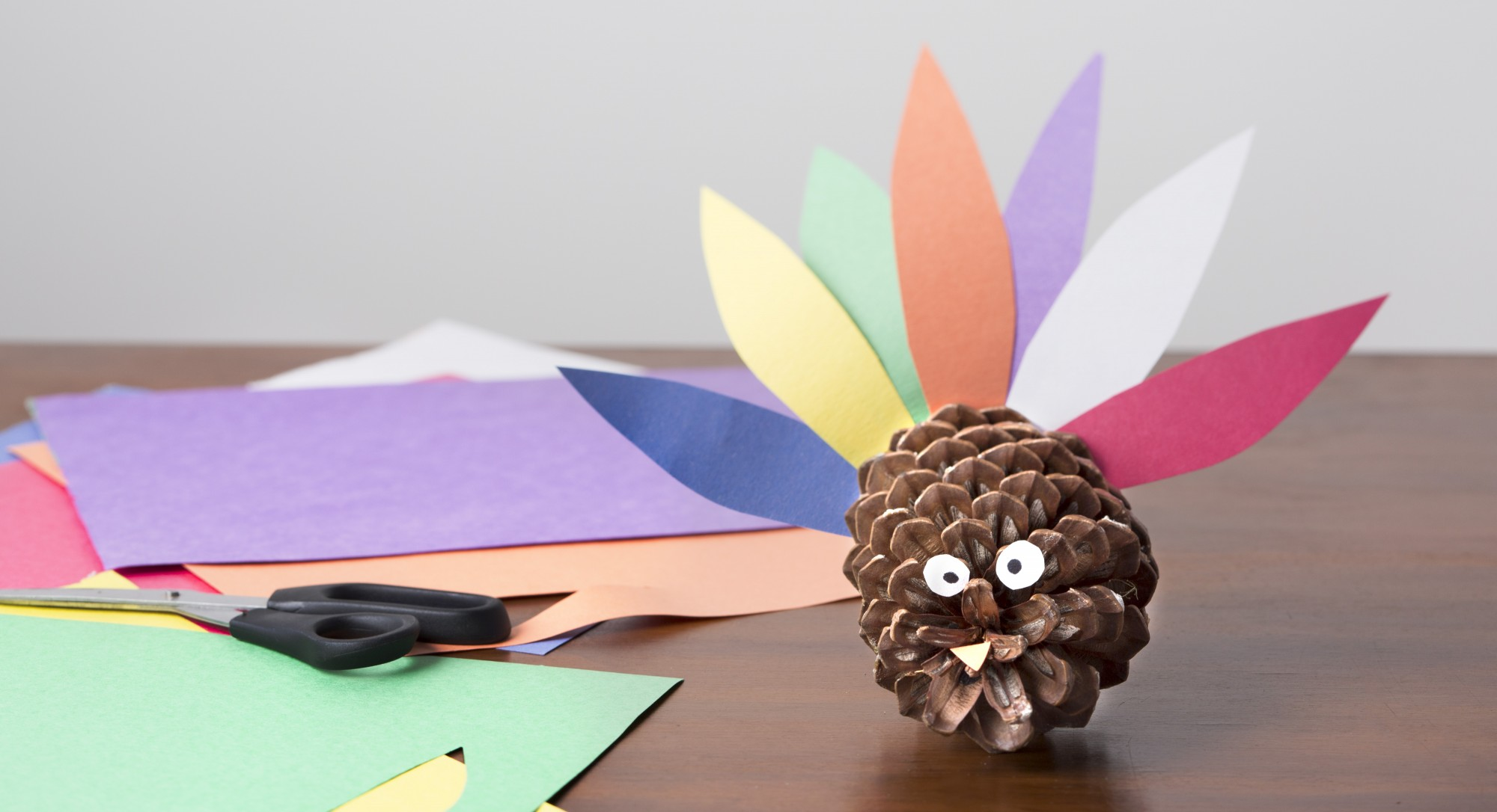 6 Eco-Friendly DIYs That Make Lovely Thanksgiving Decorations