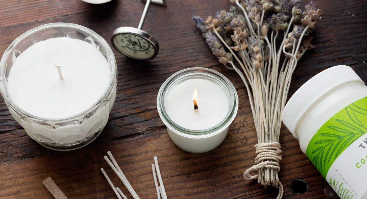 Coconut oil candles