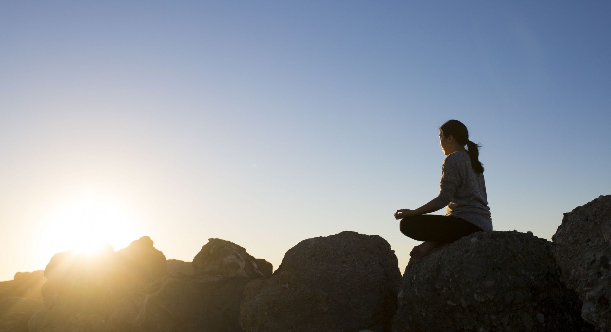 2 Easy Meditation Practices to Soothe Holiday Heartache