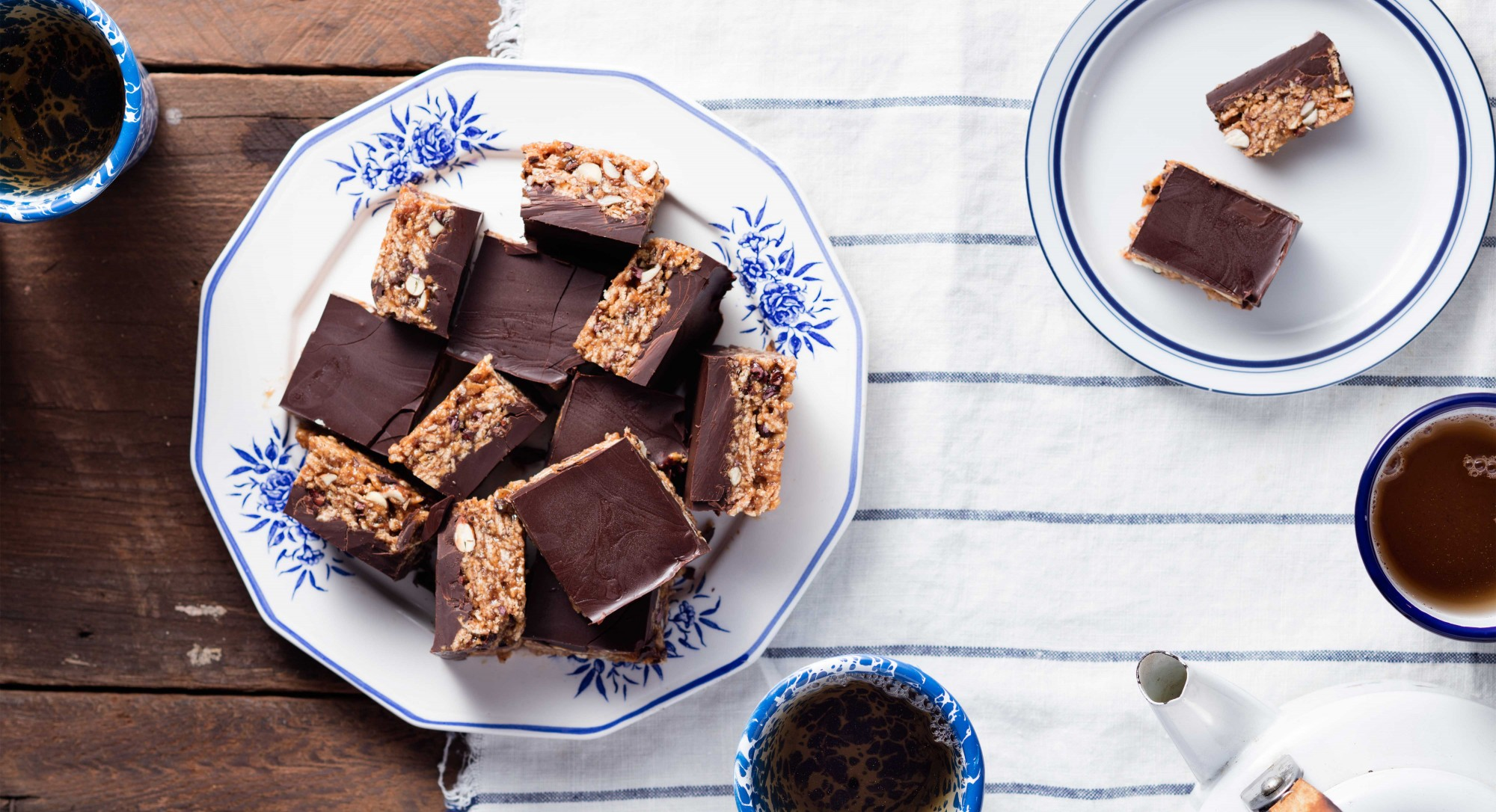 Sink Your Teeth Into Chewy, Chocolatey Paleo Scotcheroos