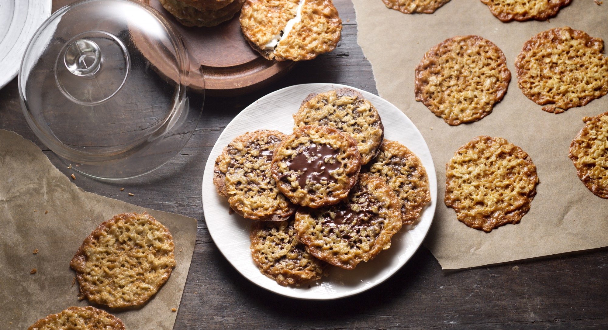 A Hint of Salt Takes These Crisp Oat Cookies to the Next Level