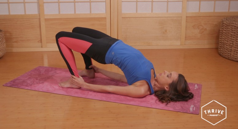 VIDEO: 8 Yoga Asanas to Cure Headaches and Migraines