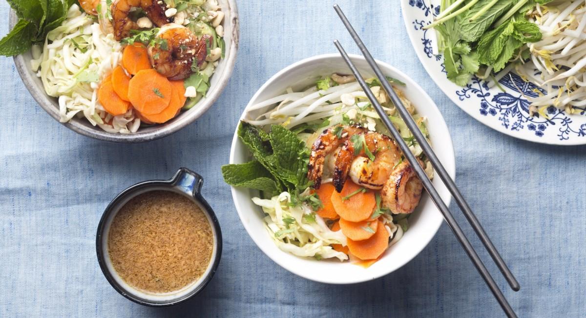Shrimp Vietnamese noodle bowl
