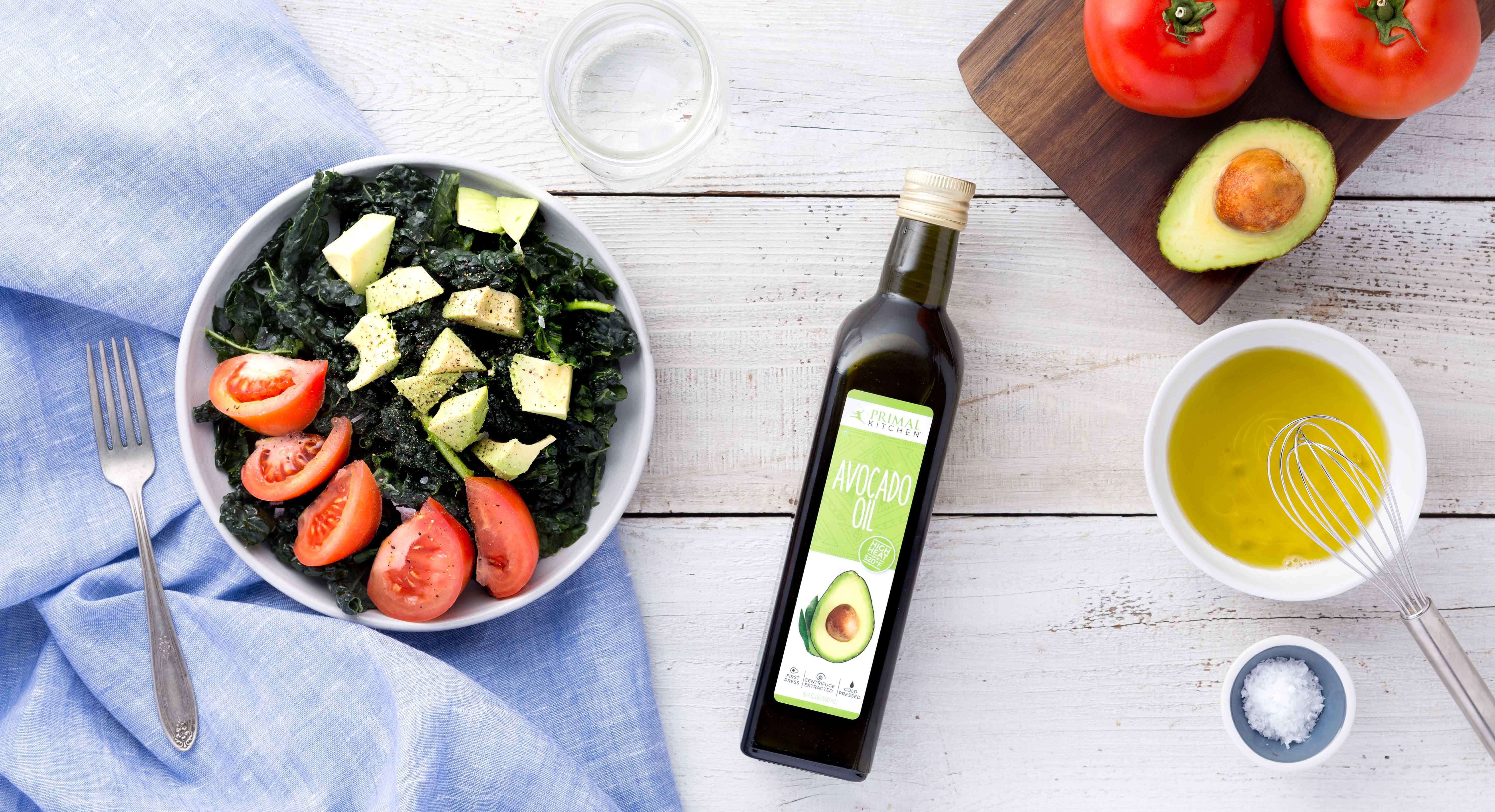 The Benefits & Uses of Avocado Oil