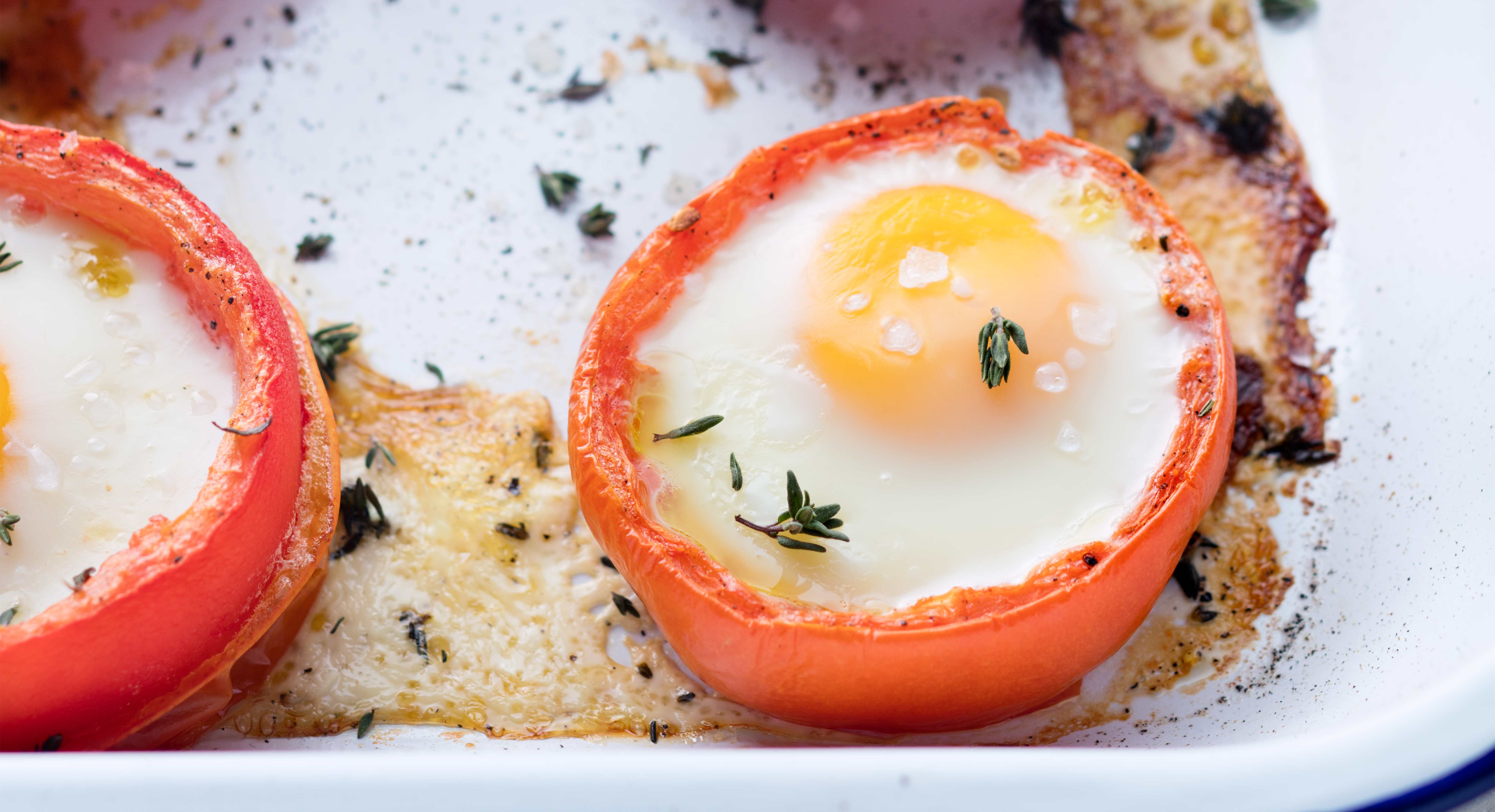 Baked Eggs in Tomato Cups Recipe - Thrive Market