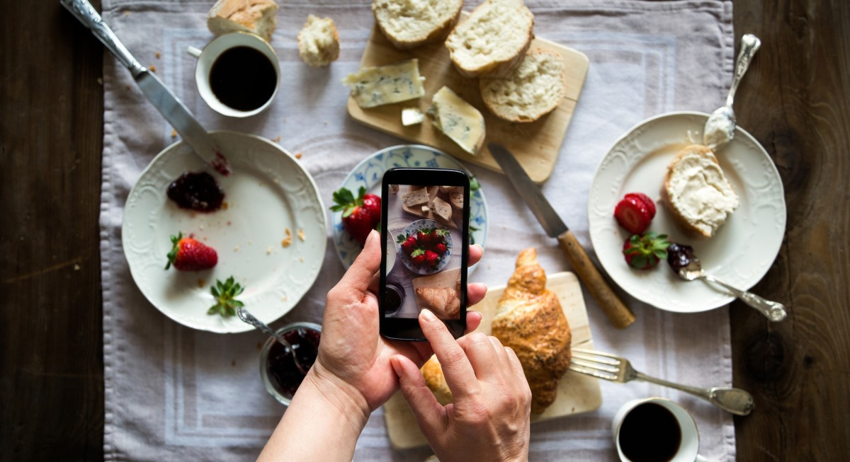 Why Researchers Say You Should Instagram Every Meal