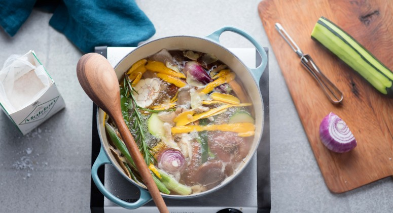 Kitchen Hack: How to Make Vegetable Broth From Cooking Scraps