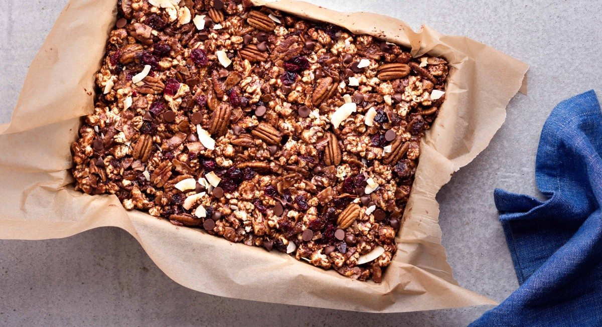 Dark chocolate popcorn bars