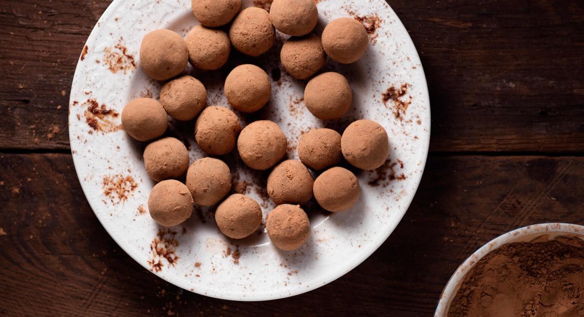 Raw chocolate ginger truffles