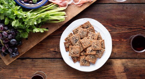 Fig and Nut Crackers Recipe