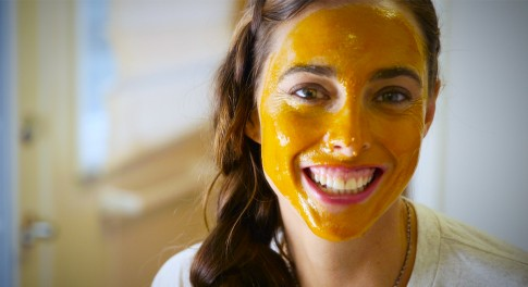 Meet the Golden Spice That Takes Skin From Dull to Radiant in 20 Minutes Flat
