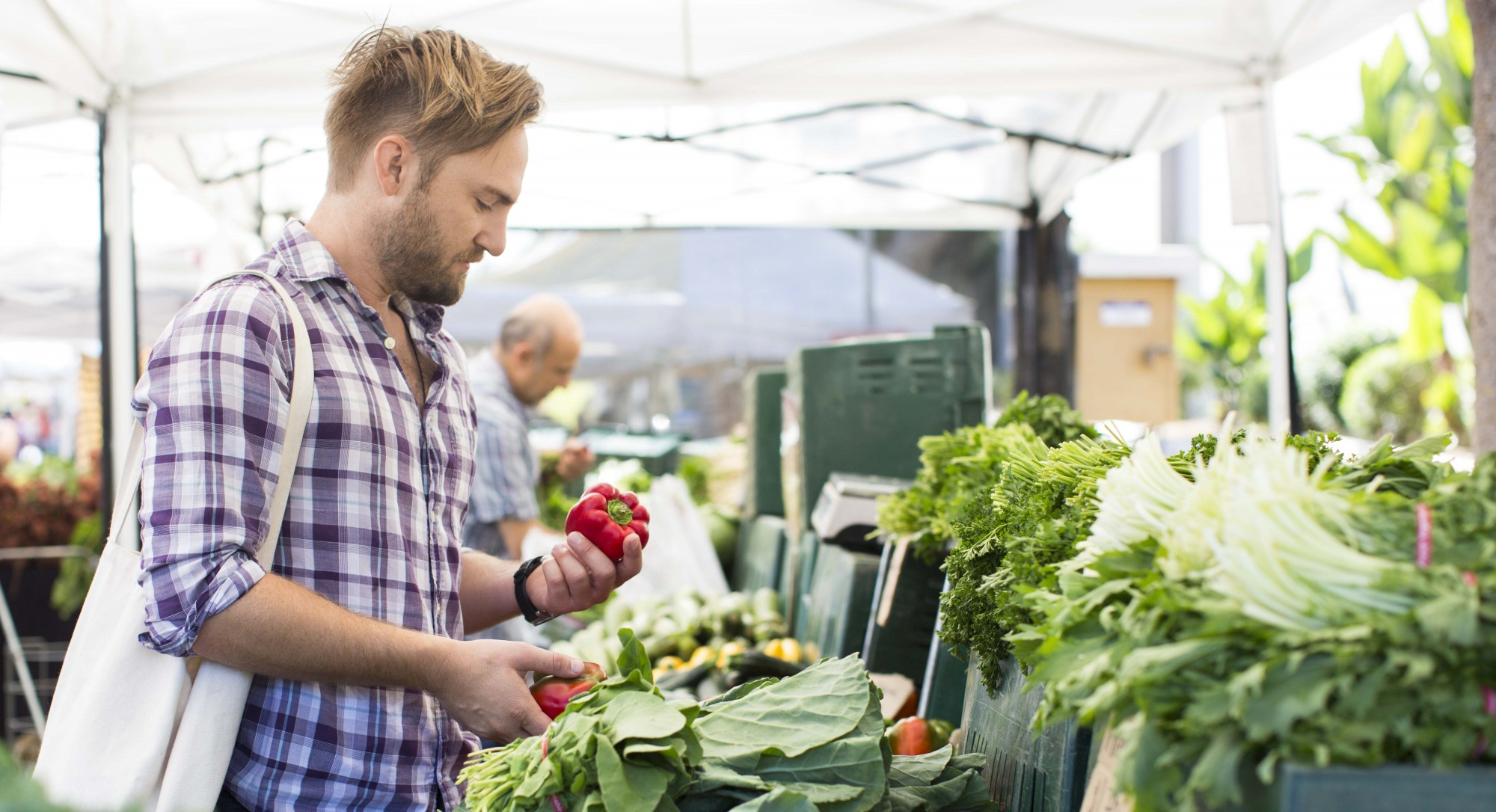 5 Reasons Why Shopping at a Farmers Market Helps Save the World
