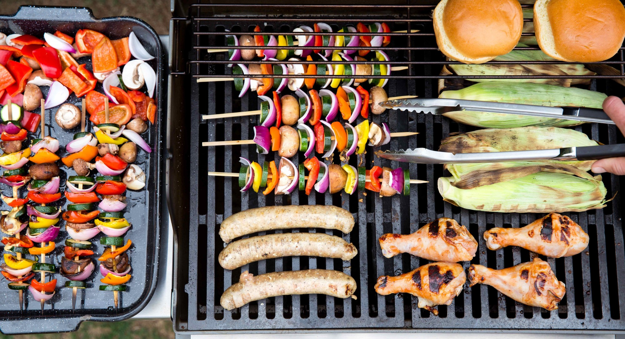 Tip of the Week: This 10-Second Test Will Tell You When the Barbecue's Ready