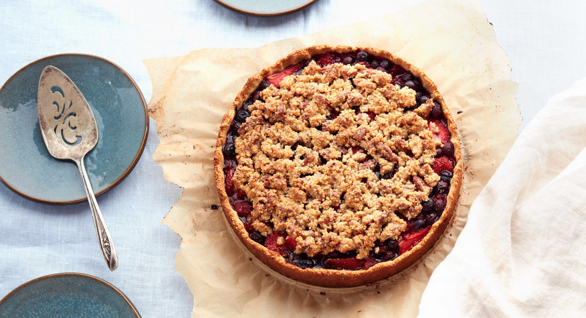 Paleo Berry Crumble Pie Recipe