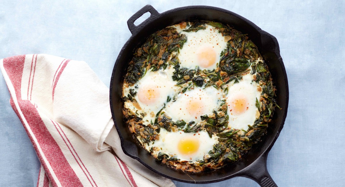 Coconut creamed spinach and eggs