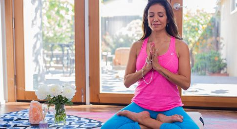 9-Minute Meditation for New Moms to Feel Blissful—and Beat Baby Blues