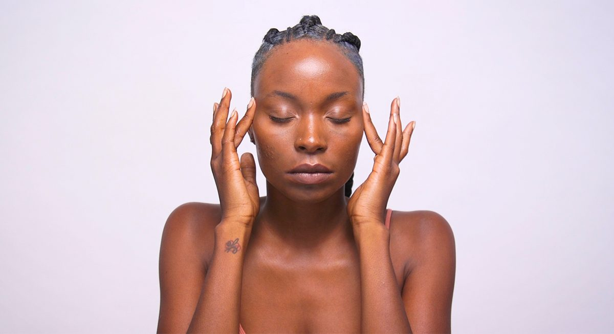 Get Firmer, Brighter Skin at Home With This 5-Step DIY Facial Massage