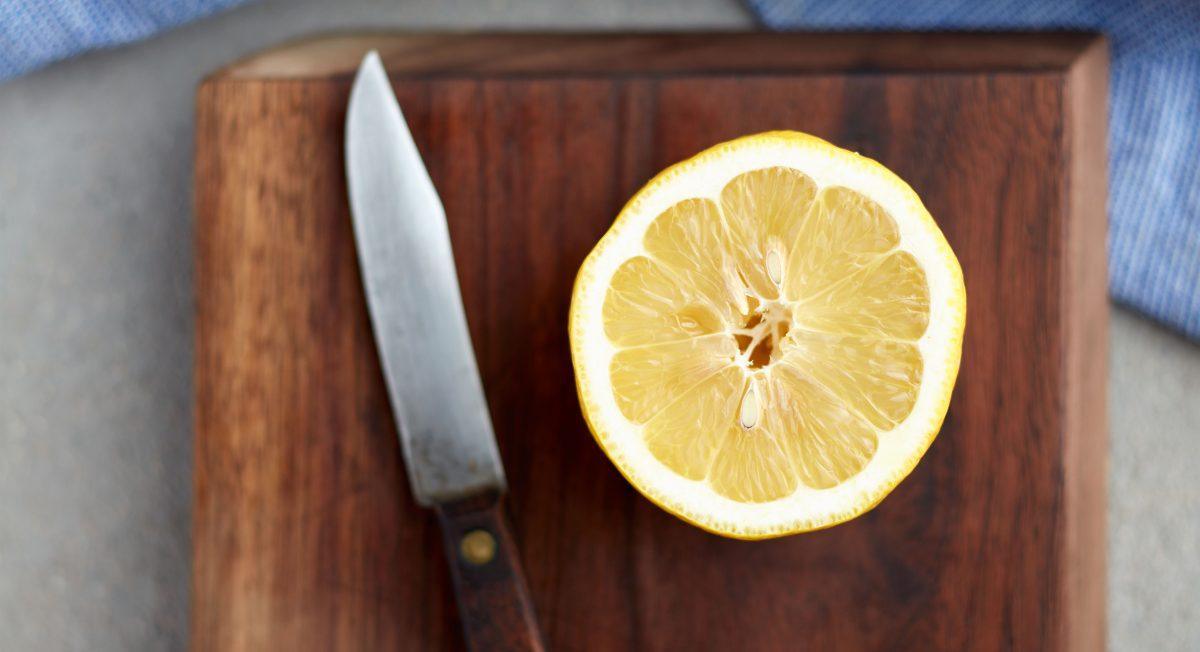 lemon and cutting board