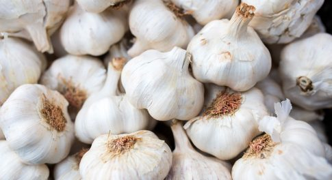 Is Eating Raw Garlic Good for You?