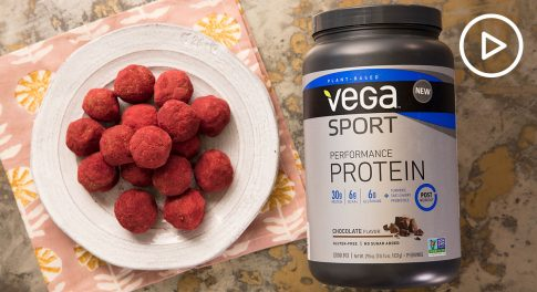 Red Velvet Energy Bites With Beet Powder Recipe