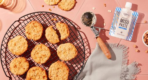 These Gluten-Free Oatmeal Cookies Have a Surprise Ingredient