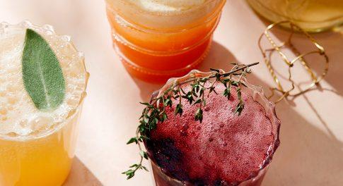 The Best Summer Drinks for Backyard Hangs, Pool Parties & Beach Days